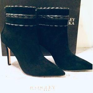 Badgley Mischka Dorsey Black Suede Booties Size 7